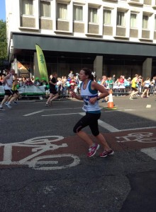 Female runner in Bath half marathon
