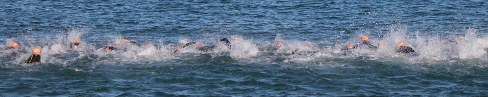 Lake swim in triathlon championships in Lake Michigan